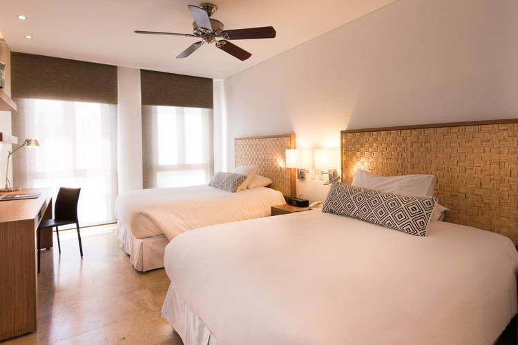 Superior room movich cartagena de indias hotel