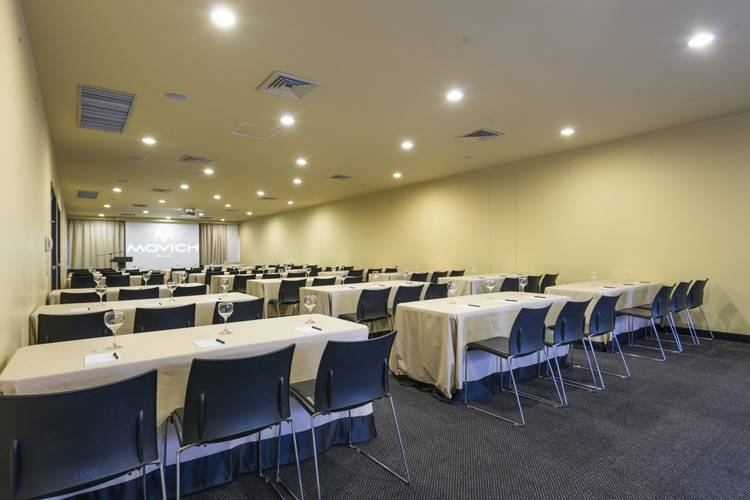 Meeting room movich pereira hotel