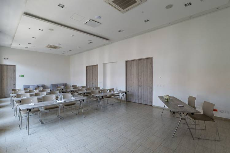 Meeting room movich cartagena de indias hotel